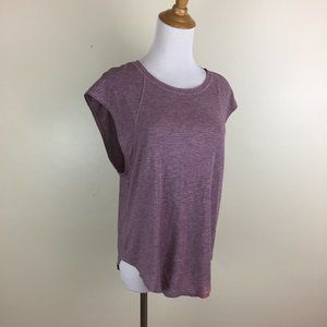 LULULEMON Athletica Rounded Hem Active Wear Shirt